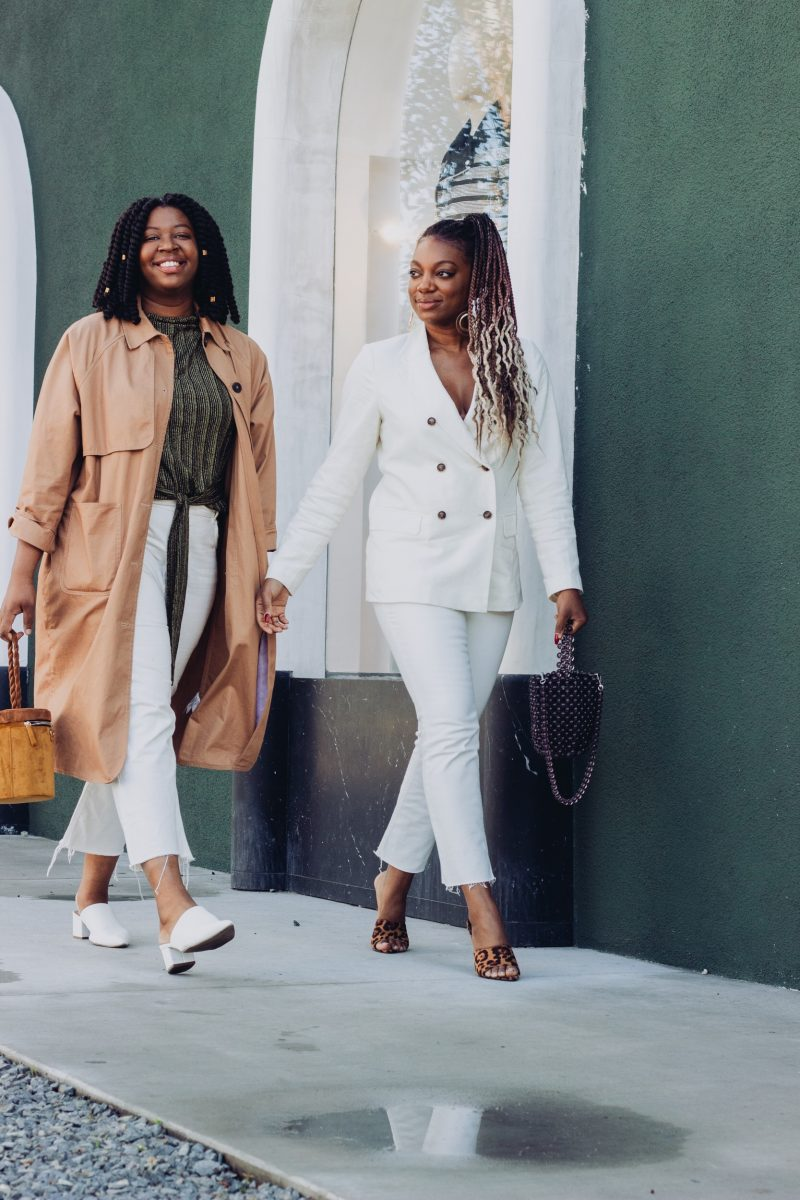 5270d78c64266f White denim is having a moment and I am completely here for it! The last  time I owned a pair of white denim was a little over 4 years ago and now ...